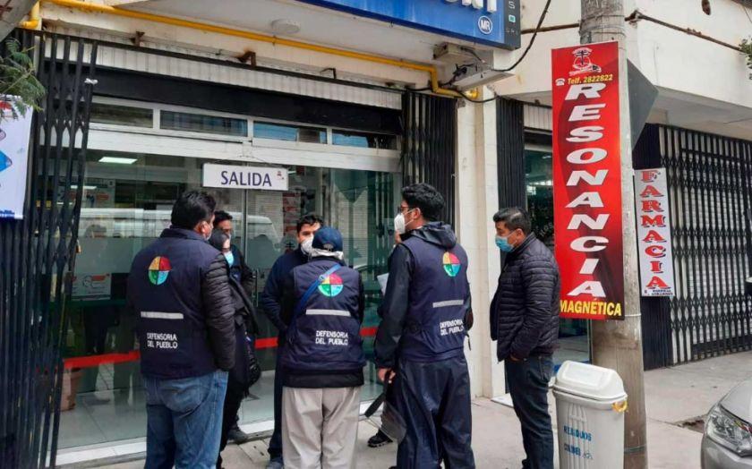 El Alto: Denuncian que hospital retuvo un cadáver por deuda de atención médica