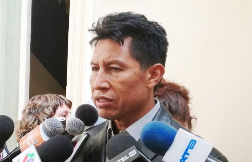 Edwin Rodríguez: La oferta de Luis Arce del 10% de AFPs es para salvar al vecino, no sirve de nada