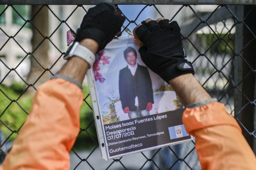 """Informe denuncia """"deficiencias"""" médicas en cárceles migratorias en EEUU"""