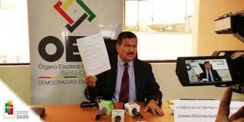 El presidente del Tribunal Electoral de Santa Cruz presenta su renuncia