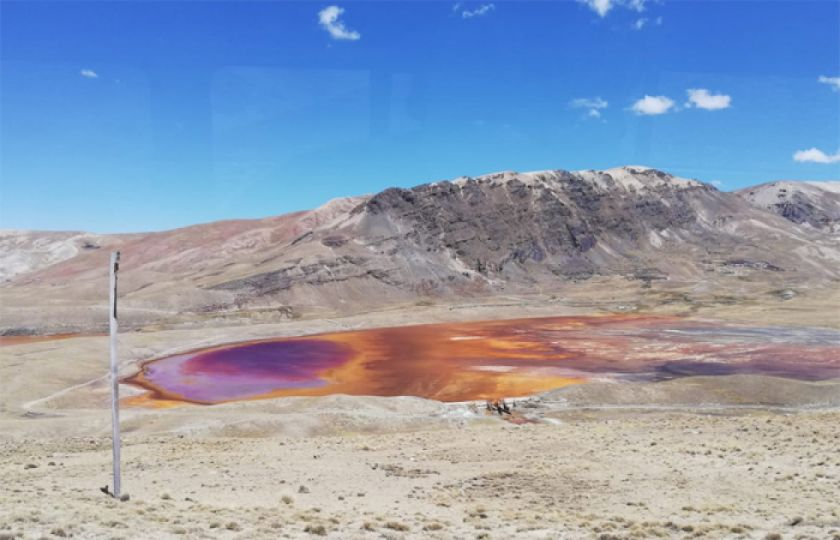 Laguna Colorada de Alto Milluni languidece por falta de lluvias