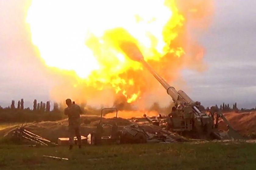 Hay 39 muertos en combates entre separtatistas apoyados por Armeniay las tropas de Azerbaiyán