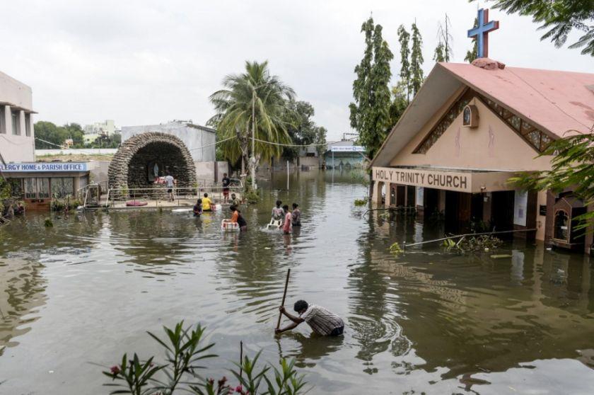 Reportan 30 muertos tras fuertes lluvias en el sur dela India