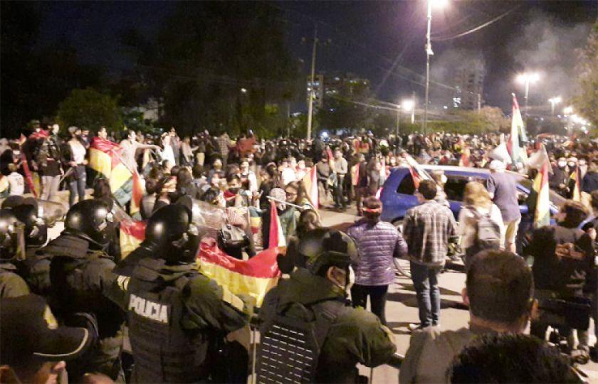 """El MAS de Tarija califica de """"terrorismo democrático"""" protestas contra el TSE"""