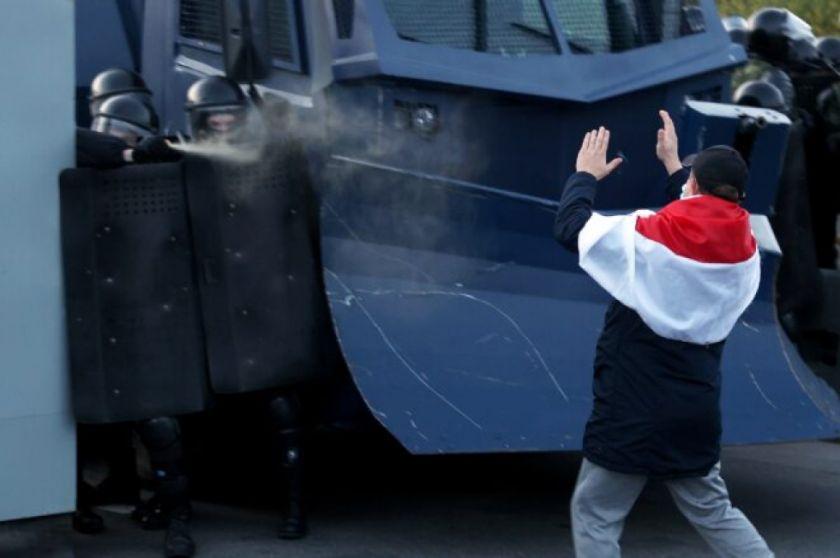 La oposición bielorrusa anuncia huelgas para exigir la salida de Lukashenko