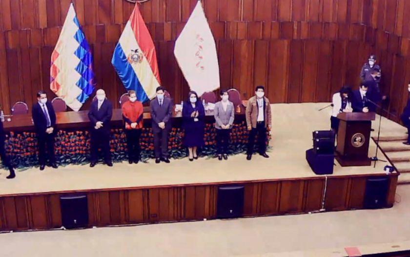 TSE entrega credenciales a los nuevos legisladores electos el 18 de octubre