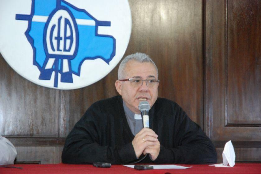 """Iglesia católica aclara que """"no tiene dudas de la transparencia"""" de las elecciones"""