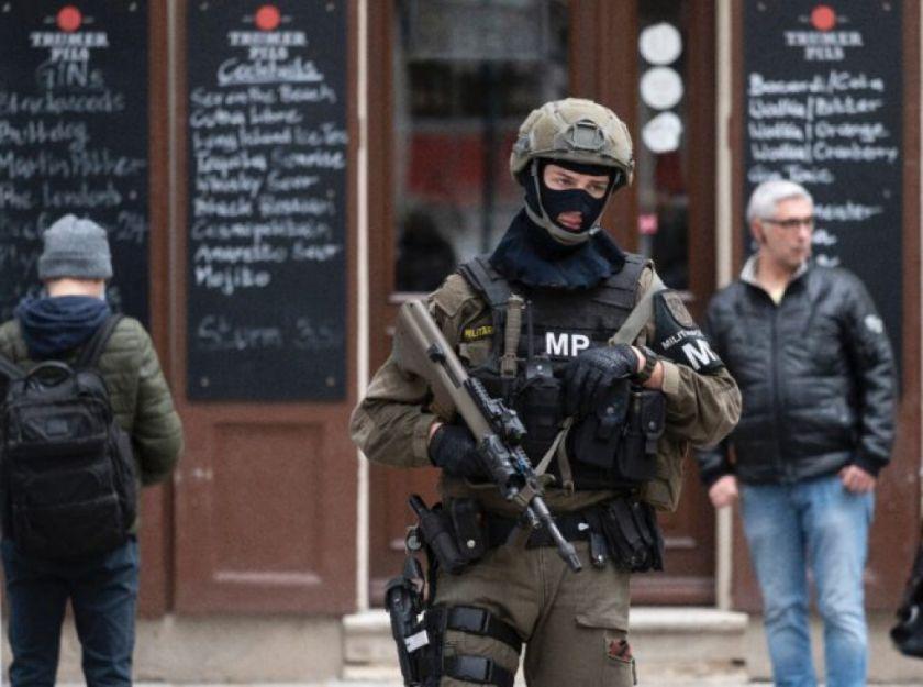 Indignación en Austria por la salida de prisión del autor del atentado en Viena