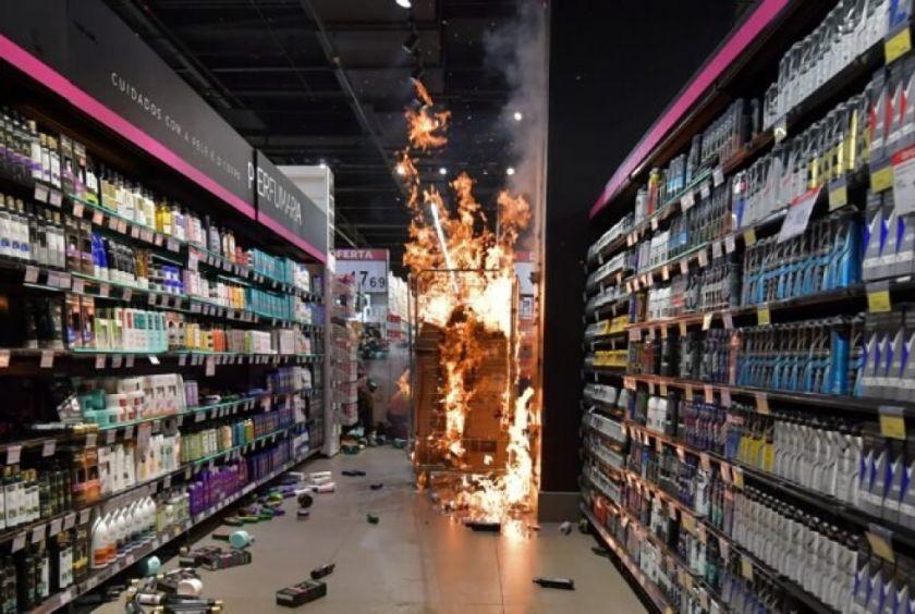 Surgen protestas en Brasil tras la muerte brutal de un hombre negro en un supermercado