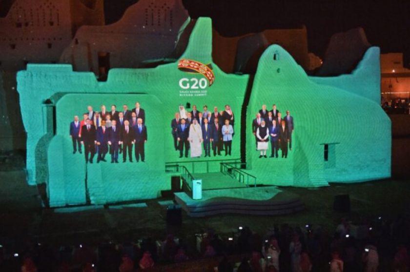 """El G20 promete """"no escatimar esfuerzos"""" para facilitar el acceso a las vacunas contra la covid-19"""
