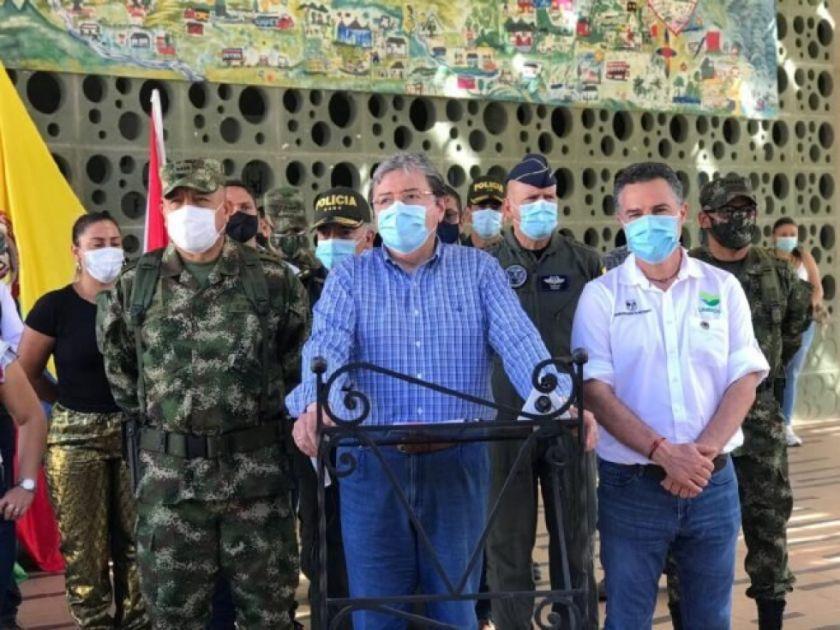 Reportan 13 muertos en dos masacres en Colombia