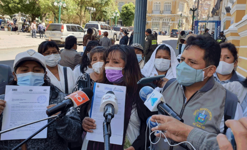 La Paz: Padres de familia, en emergencia, piden ser incluidos en Bono Contra el Hambre