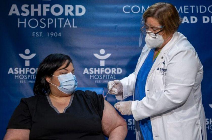 EEUU y Canadá vacunan, Alemania se impacienta y Brasil politiza el covid-19