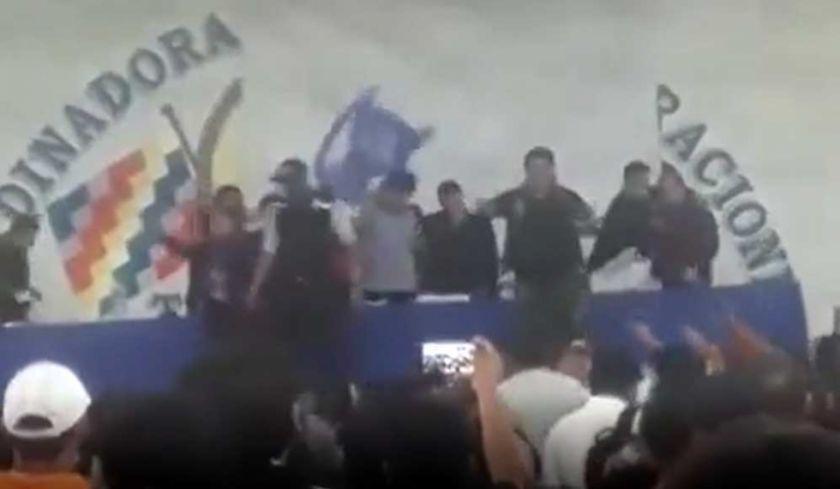 ¿Qué dice el hombre que lanzó la silla que golpeó a Evo Morales?