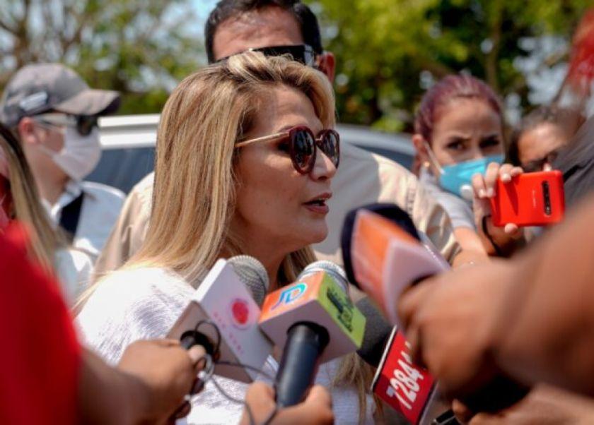 Jeanine Áñez culpa a partido de Morales por violencia de 2019 en Bolivia