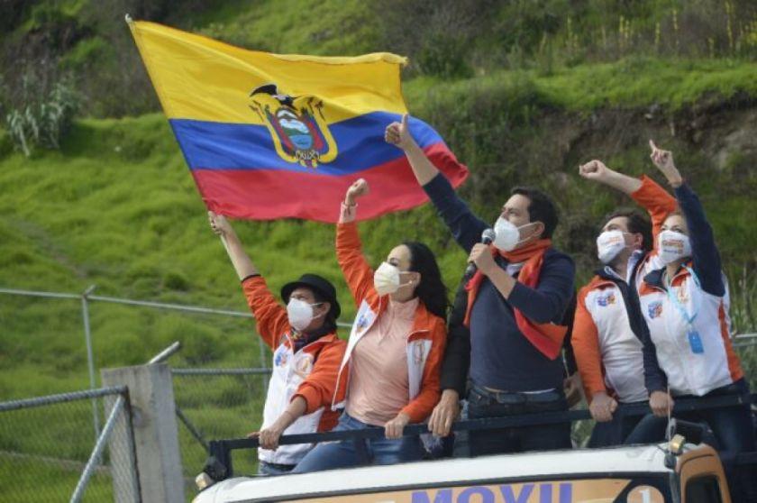 Afín de Rafael Correa inicia campaña para presidenciales en Ecuador