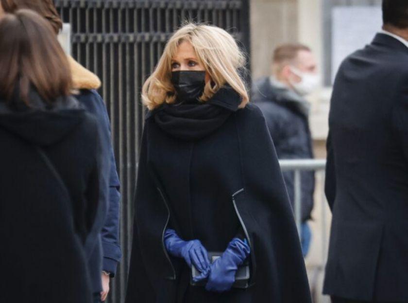 Esposa de presidente francés también tuvo coronavirus en Navidad