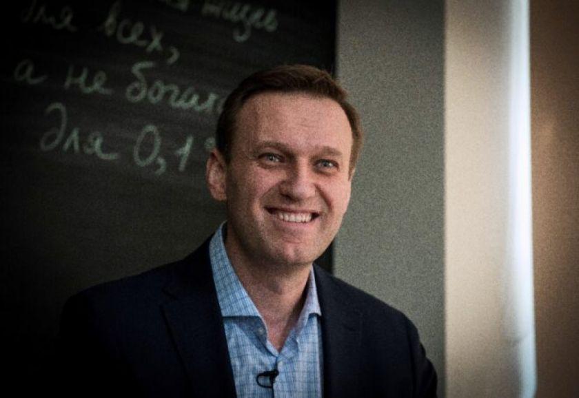 El opositor Alexéi Navalni anuncia que regresará a Rusia el 17 de enero