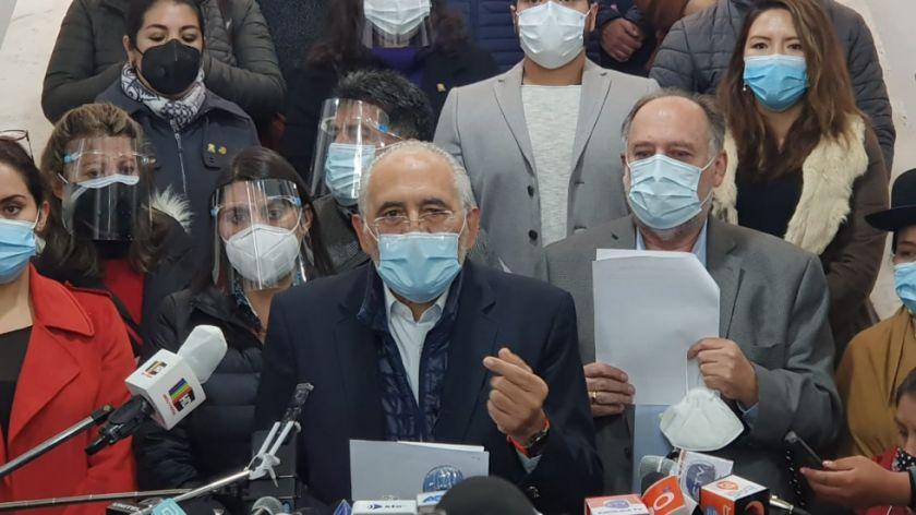 CC plantea suspensión temporal de comicios y bono para médicos en la lucha contra la pandemia