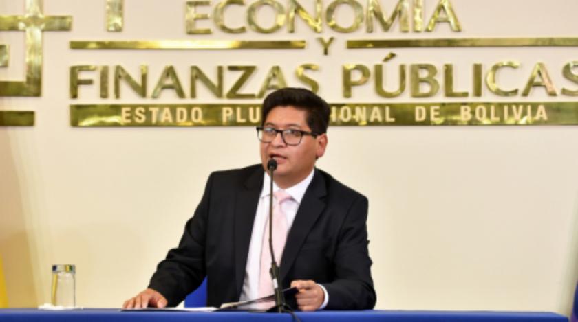 Para el ministro de Economía la devolución de AFPs beneficiaría a 1.6 MM personas, pero la jubilación podría deteriorarse
