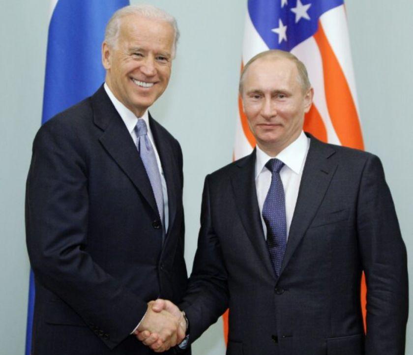 Biden marca una postura firme frente a Rusia en su primera llamada con Putin