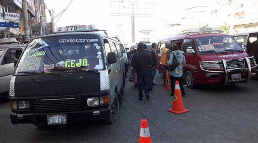 El Alto anuncia  reducción de pasajeros en transporte público por incremento del coronavirus
