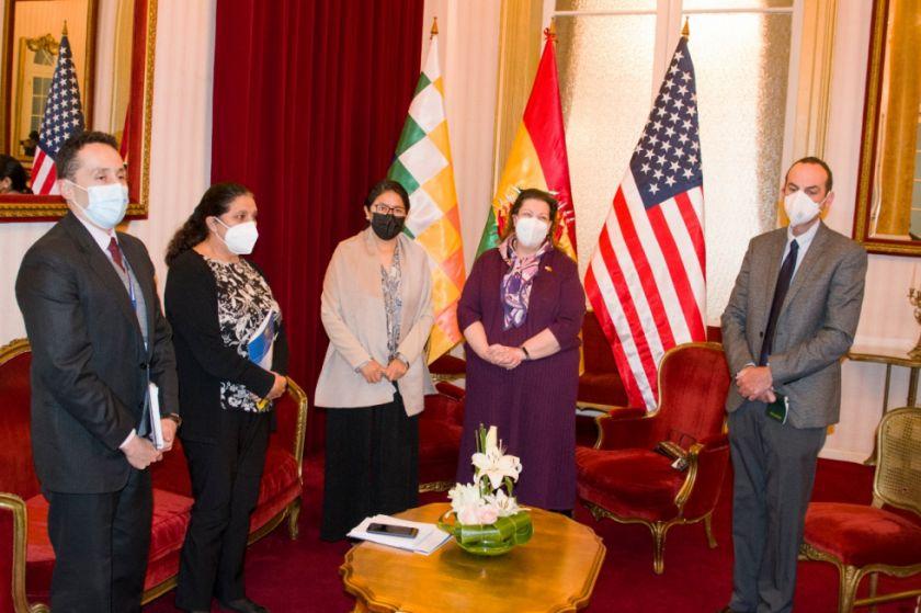 Bolivia y EEUU se reúnen y acuerdan dar continuidad al diálogo bilateral