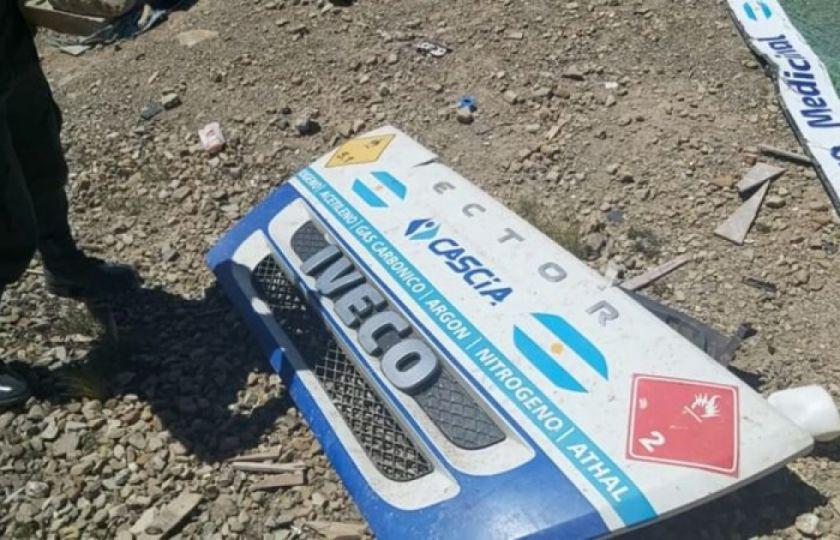 Explosión de camión que transportaba oxígeno de Argentina a Bolivia y deja dos fallecidos