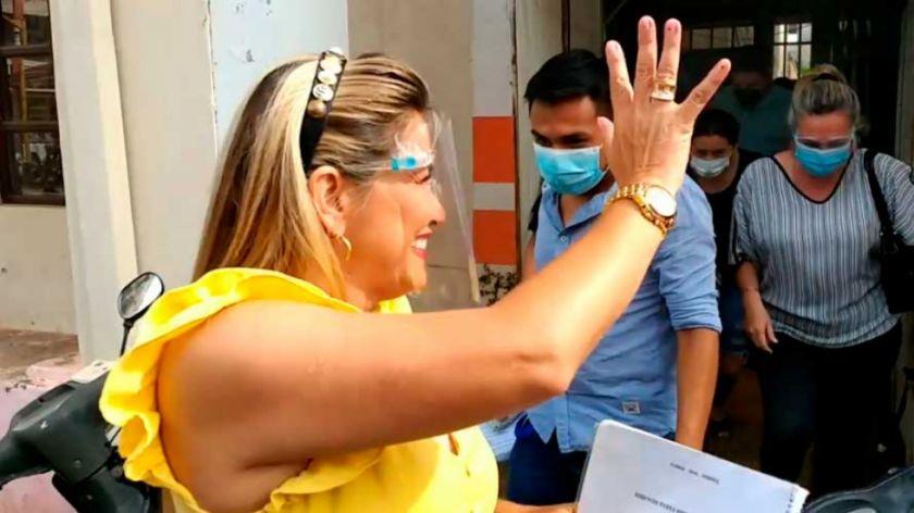 Jeanine Añez se presentó a la Fiscalía, pero se abstuvo de declarar