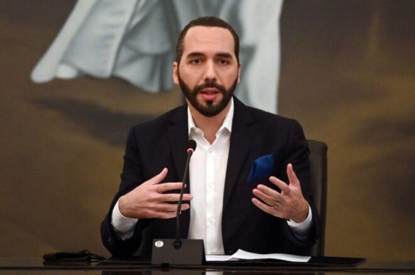 Salvadoreños votan para renovar el Congreso con partido de Bukele como favorito