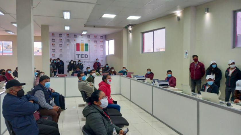 TED Potosí instala sesión de Sala Plena permanente para el cómputo departamental