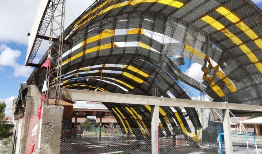 Granizada causa colapso del tinglado de una escuela en El Alto