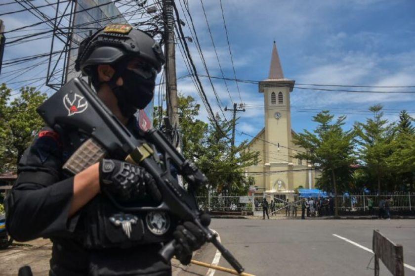Reportan que hay 20 heridos en atentado suicida en una catedral en Indonesia el Domingo de Ramos