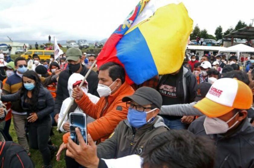 Máximo líder indígena apoya candidatura de izquierdista Arauz en Ecuador