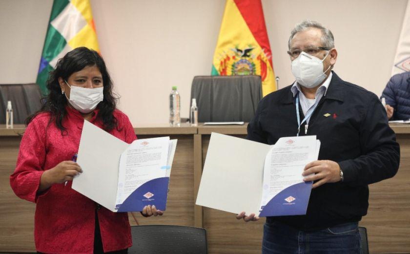 YPFB firma convenio con ECEBOL de Potosí para la provisión de gas natural