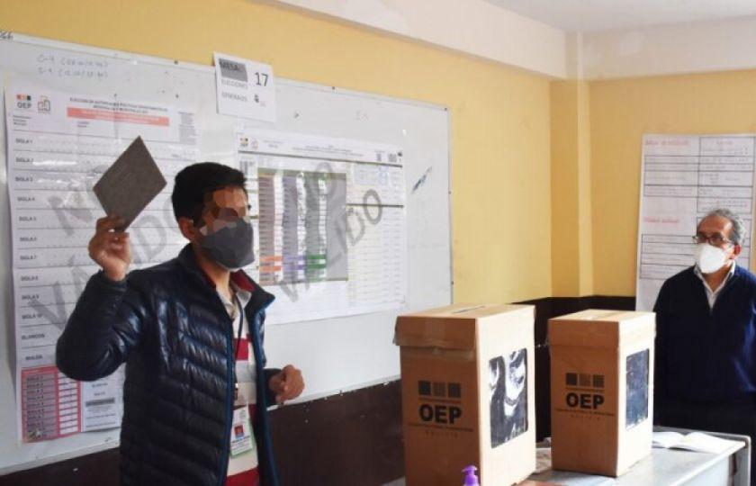 TSE reitera que jurados electorales que no asistan pagarán una multa de Bs 637