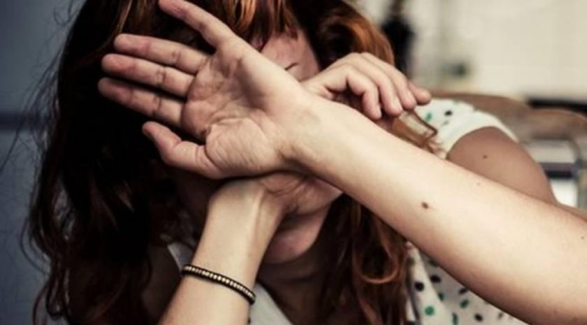 Denuncian por violencia familiar a Fiscal que atiende casos de violencia contra la mujer en Santa Cruz