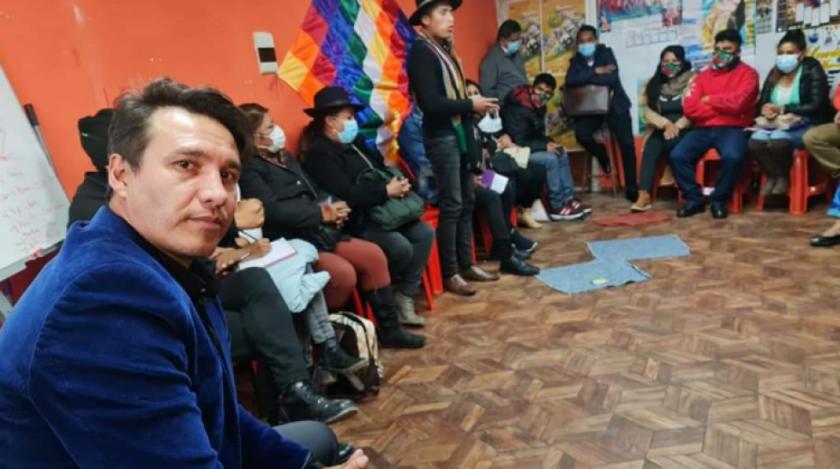 Pedro García se reúne con víctimas de Senkata y organizaciones sociales de El Alto