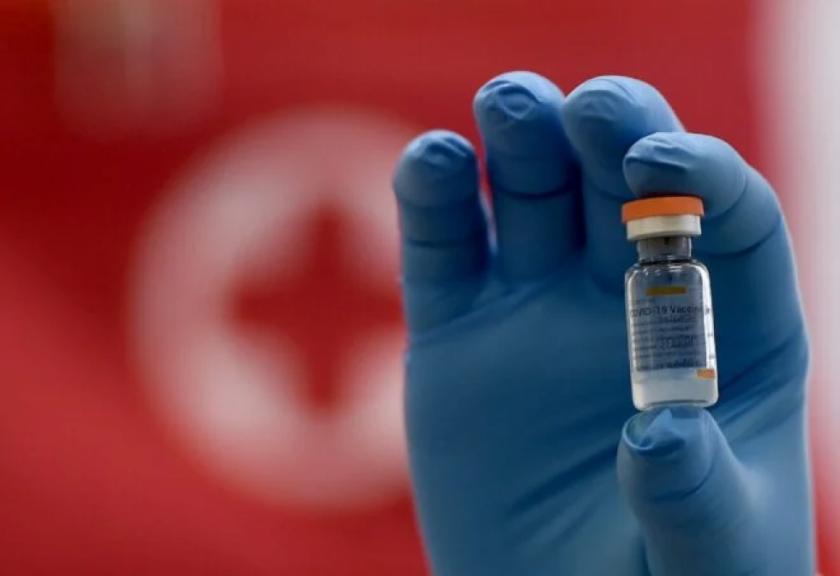 Chile reporta efectividad de 67% para casos sintomáticos y de 80% en muertes de vacuna Coronavac