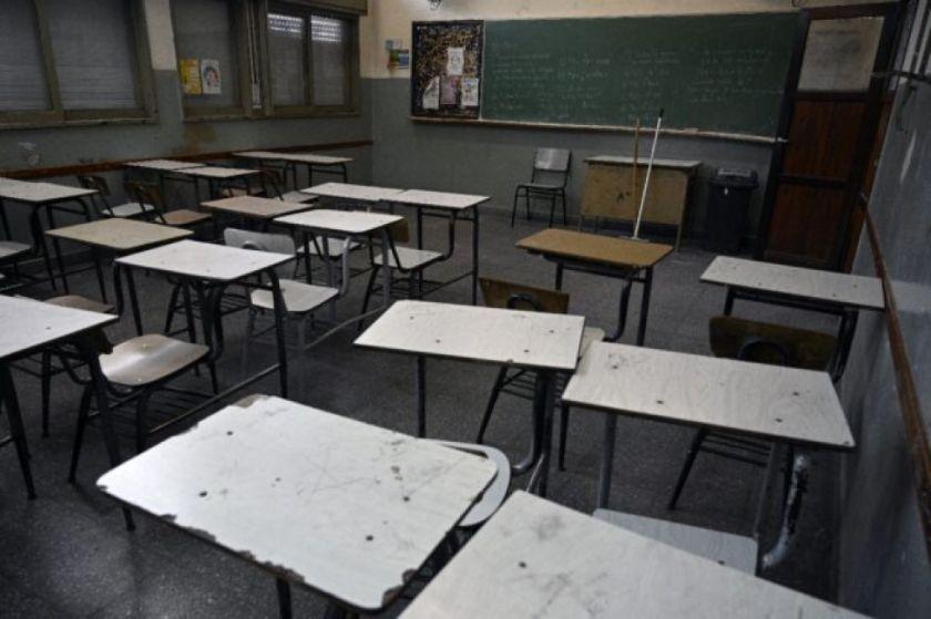 Buenos Aires desafía decreto presidencial para suspender clases presenciales por pandemia