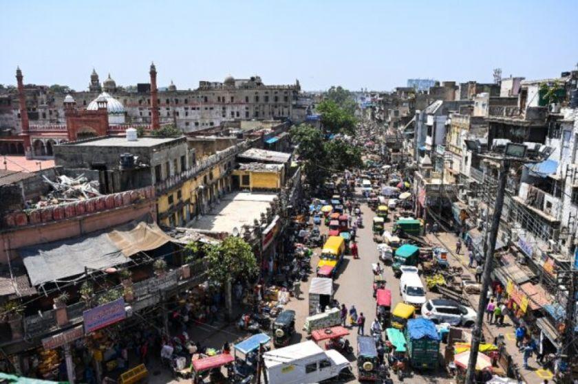 La India impone confinamiento de una semana en Nueva Delhi ante el aumento del covid-19