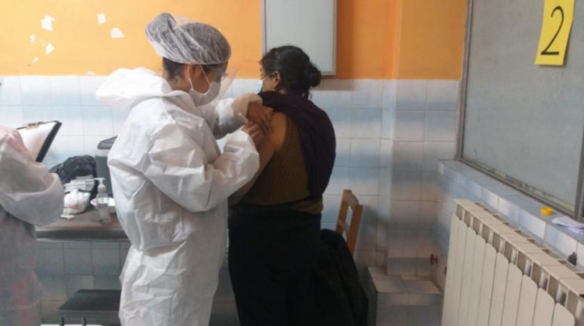 En 4 días, más de 12 mil adultos mayores fueron inmunizados contra el Covid-19 en La Paz