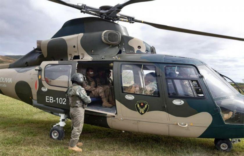 Ejército efectuó relevos helitransportados en tres puestos fronterizos con Perú