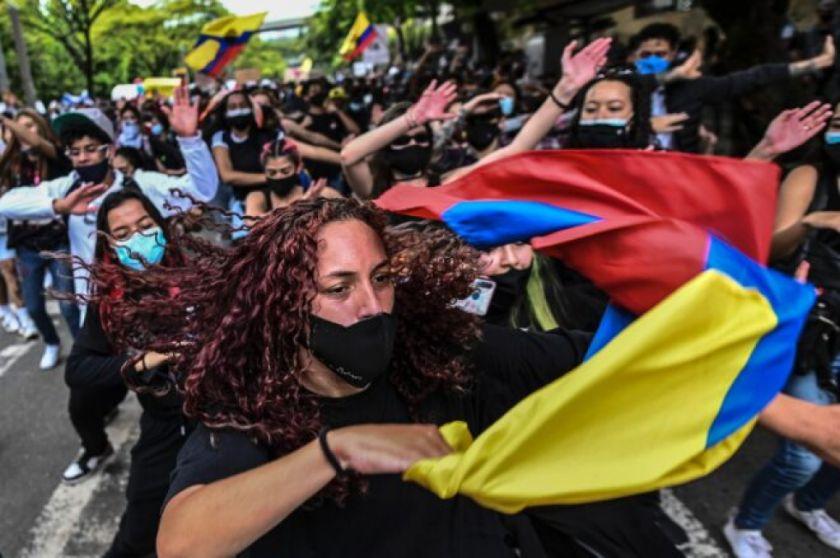 Duque saca militares a las calles de Colombia y atiza el malestar de las protestas