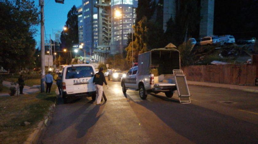 Dos jóvenes mueren tras caer del puente de las Américas; la Policía investiga lo ocurrido