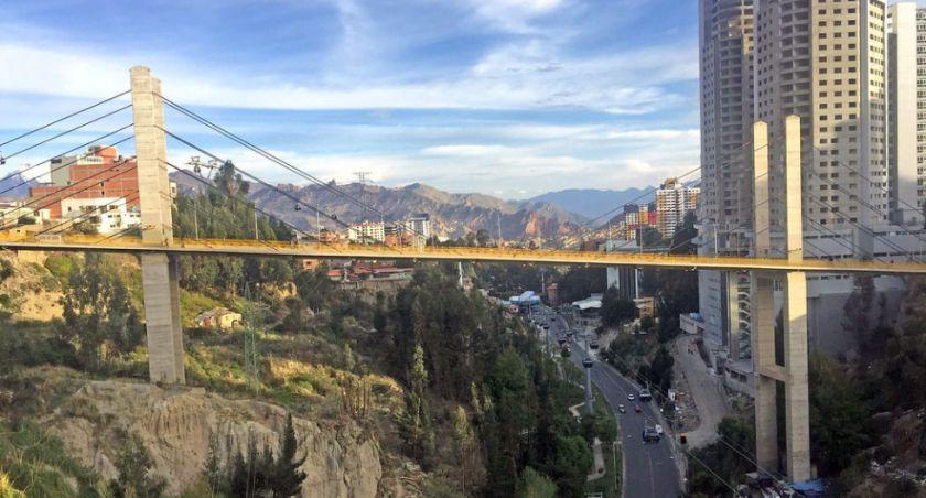 Gobierno dispone patrullaje en el Puente de las Américas en La Paz