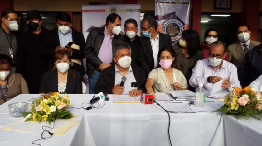 Por falta de diálogo desde el Ministerio de Salud, médicos van al paro de 24 horas el viernes