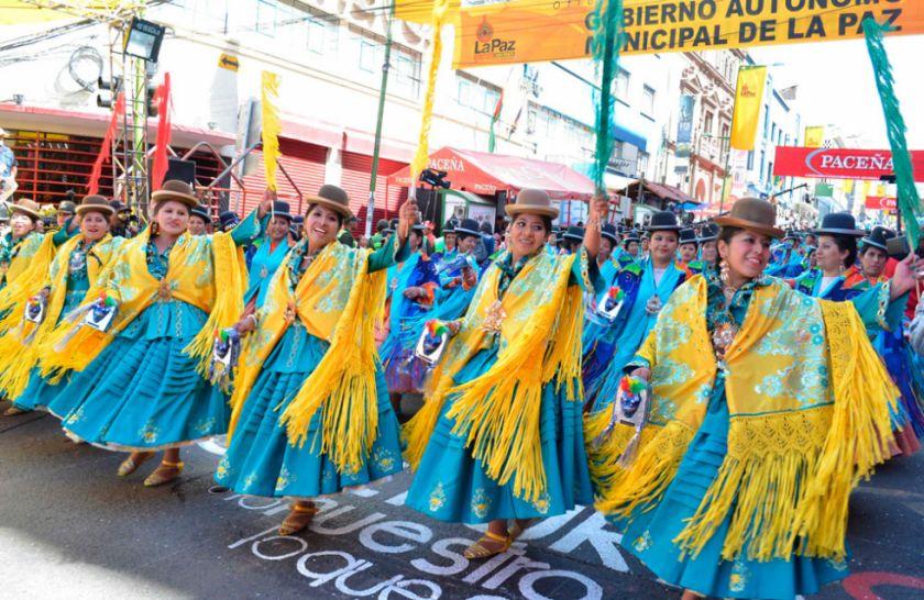 La Alcaldía, folkloristas, músicos y bordadores descartan la entrada del Gran Poder en 2021