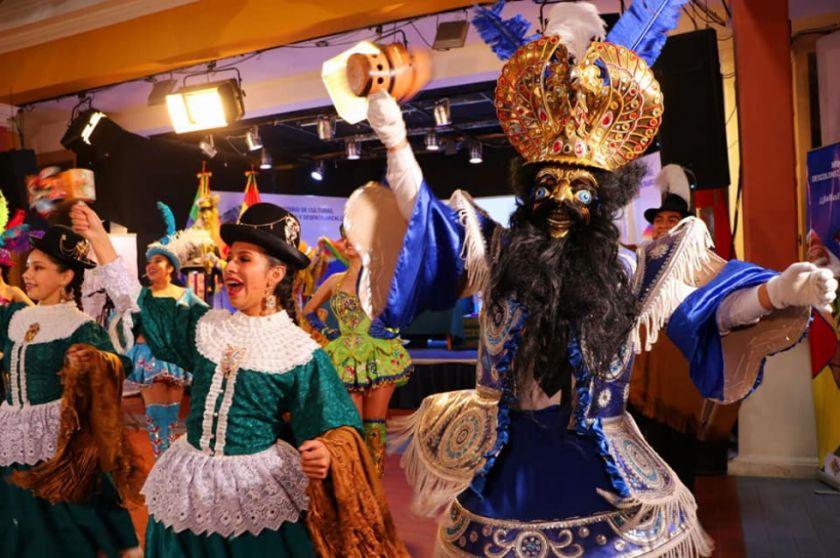Bolivia conformará un comité de salvaguarda y acudirá a la Unesco para proteger a las danzas