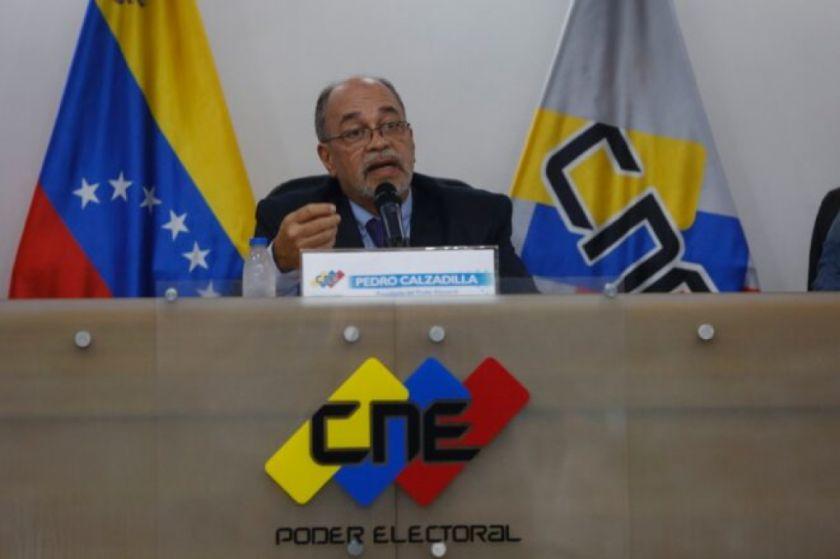 Venezuela convoca elecciones regionales entre llamados a diálogo